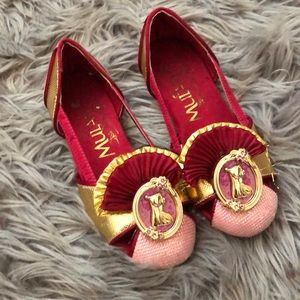 Disney Mulan play shoes 11/12